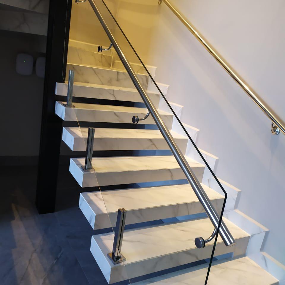 guarda-corpo-escada